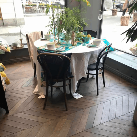 chevron wood flooring in a dining room
